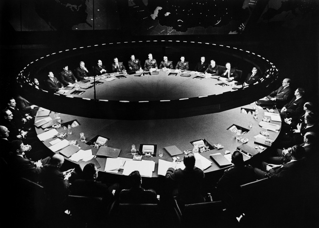 THE WAR ROOM CONFERENCE DR. STRANGELOVE: HOW I LEARNED TO STOP WORRYING AND LOVE THE BOMB (1964)